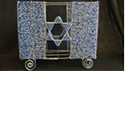 AH-matzah-box-feature
